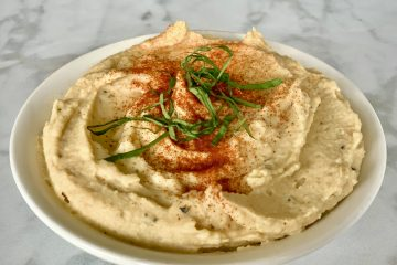 Low oil aquafaba hummus sprinkled with paprika